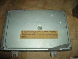 Блок управления двигателем Honda Civic (1994г) - фото 1