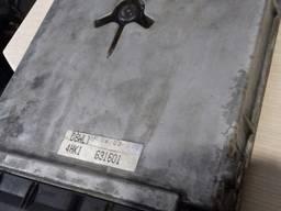 Блок управления двигателем на 4HK1 e3