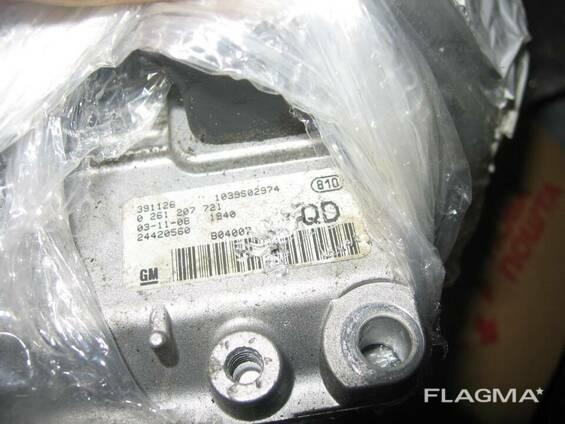 Блок управления двигателем Opel Corsa C Z14XEP 24420560. ..