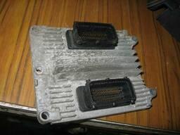 Блок управления двигателем Opel Vectra B Zafira 12202143. ..