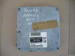 Блок управления двигателем Toyota Avensis 2. 0D (1999г)