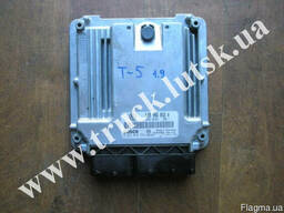 Блок управления двигателем Volkswagen T5 1. 9TDI 038906016A