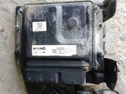 Блок управления двигателем Z17DT Opel Meriva 98003171. ..