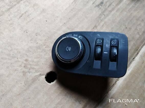 Блок управления освещением Opel Zafira C Meriva 13294816. ..