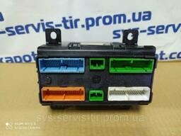 Блок VECU управления автомобилем Renault DXI 7420908557