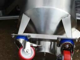 Бочки на колесах для жидких и пастообразных продуктов