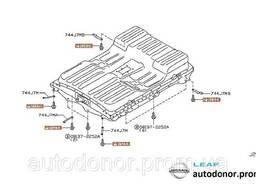 Болт / винт короба аккумуляторной батареи Nissan Leaf ZE0. ..