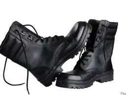 Ботинки-берцы, юфтевые с мягкой вставкой, гвоздевая подошва.