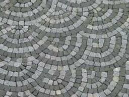 Брусчатка гранитная колотая Покостовка 20*10*5 - фото 1