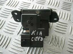 БУ Замок крышки багажника (Дверь/багажник и компоненты) на K