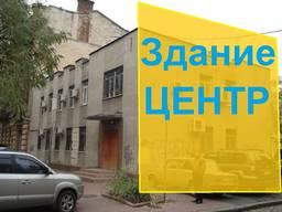 Будівля в центрі Одеси, двір і 4 гаража.