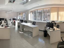 Сдам офис 412 кв. м, в центре г. Днепр