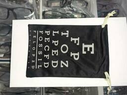 Чехол - мешочек для очков, чёрный с принтом.