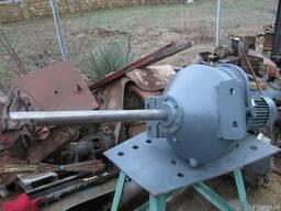 Чехословацкие мотор-редукторы от реакторов тип 106,132,140