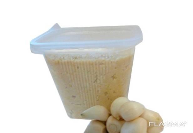 Чесночная паста оптом от 10 кг. Чесночная концентрированная паста