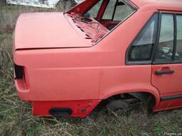 Четверть задняя правая / левая Volvo 940 седан 1991-1998.