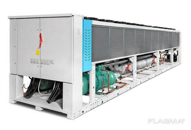 Чиллер на винтовых компрессорах 1132 кВт, Италия