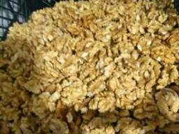 Чищеный грецкий орех .