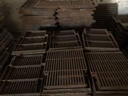 Чугунные решетки для свиноферм