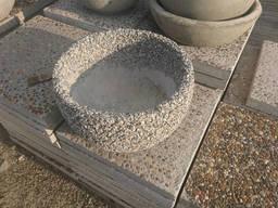 Цветочница Фиєста с вымытова бетона с гранита, гальки,