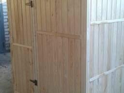 Дачный деревянный душ