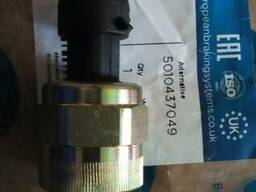 Датчик давления масла RVI Magnum