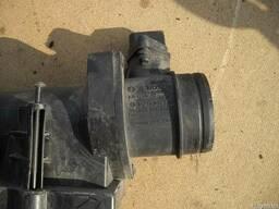 Датчик расхода воздуха (расходомер) 1. 9TDI Volkswagen Caddy