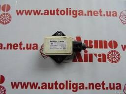 Датчик ускорения вращения колес AUDI A4, A5 8K0907637C