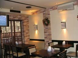 Декоративная отделка стен деревом. камнем. шпоном. фанерой,