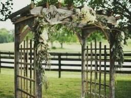 Свадебная арка Лолита из термодревесины