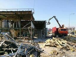 Демонтаж металевих конструкцій на металобрухт