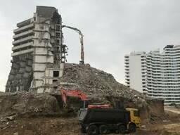 Демонтаж здания и сооружений вывоз мусора рытьё котлаванов