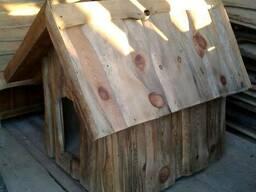 Деревянная будка для большой собаки
