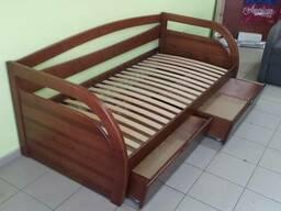 Деревянная детская кровать из ольхи
