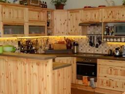 Деревянная кухня на заказ из сосны