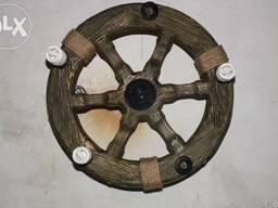 Деревянная люстра Колесо телеги
