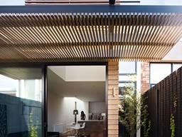 Деревянная пергола с примыканием к дому под ключ - фото 3