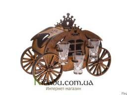 """Деревянная подставка для вина """"Карета"""" с комплектом рюмок"""