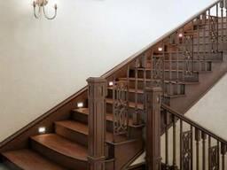 Деревянная прямая лестница №5 Код: ЛД-11 Под заказ