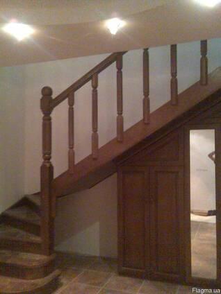 Деревяннрые лестницы любой сложности.