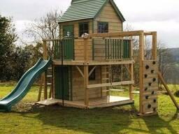 Деревянный детский домик 2-этажный с горкой и балконом