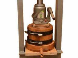 Деревянный маслопресс для холодного отжима масла 3 литра с домкратом 30 тон