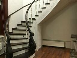 Деревянные лестницы для дома от производителя