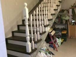 Деревянные лестницы по индивидуальным проектам