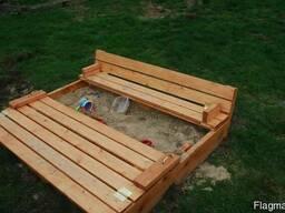 Детская песочница из дерева