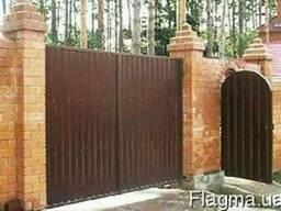 Деревянные ворота из дерева