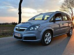 Детали б/у Opel Zafira B фара капот бампер крыло на Зафира b