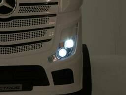 Детский электромобиль-фура- грузовик Mercedes-BENZ Actros M 4208EBLR-2, черный в. ..