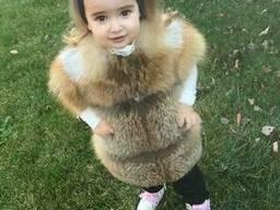 Детский жилет из меха рыжей лисы