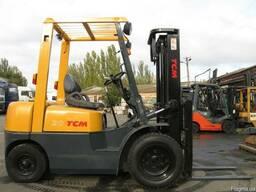 Дизельный вилочный погрузчик TCM FD20Z5 на 2 тонны